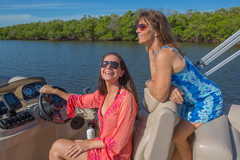 Blog_Female_Boaters_1024_683.png