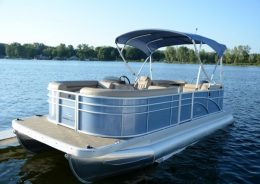 0103_032717_22'_Bennington_Pontoon.